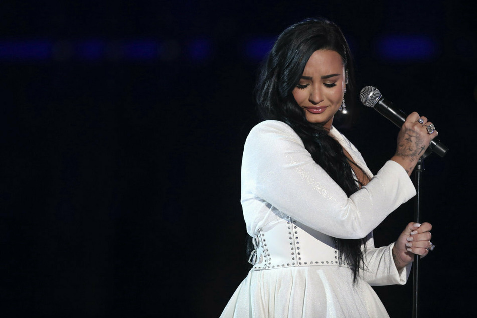 Demi Lovato zu ihrer Drogen- und Alkoholsucht: Sie trinkt noch immer!