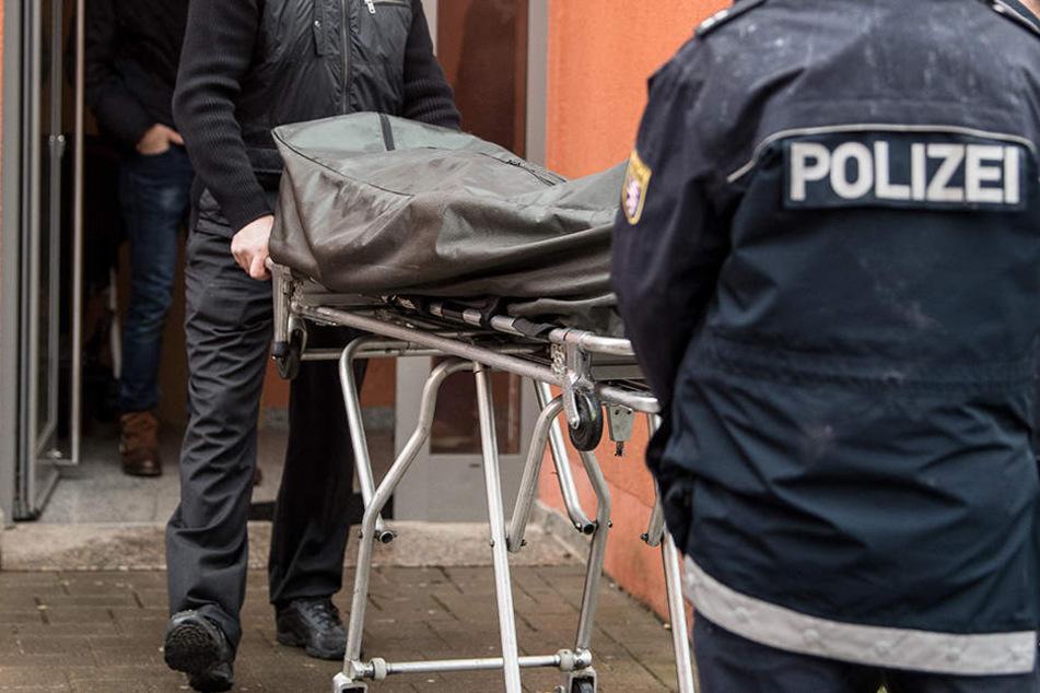 Nach einem Brand in Schmargendorf wurde nun ein Toter entdeckt. (Symbolbild)