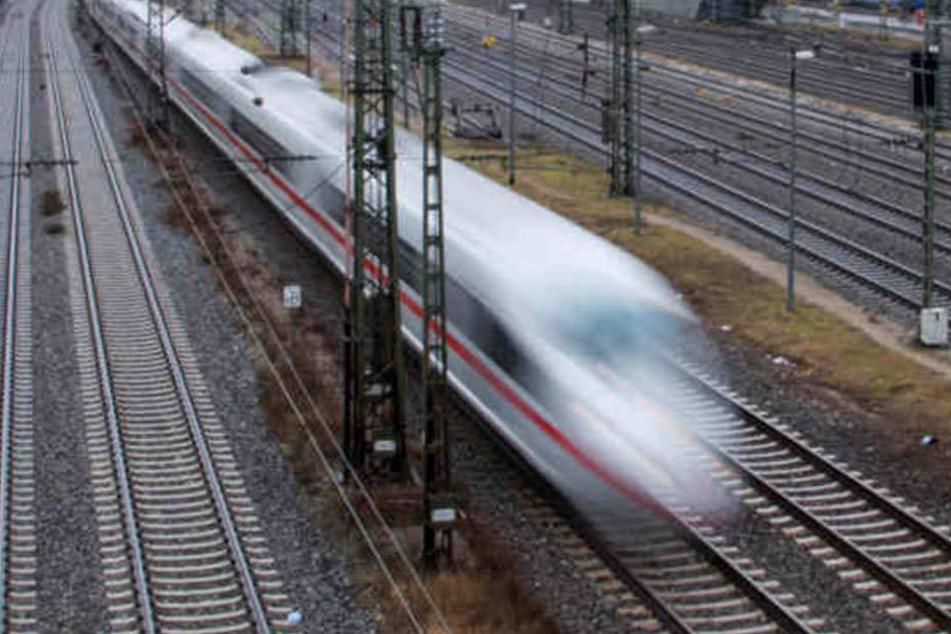 Für den ICE-Unfall am Donnerstag in Brandeburg waren zwei Kinder verantwortlich.