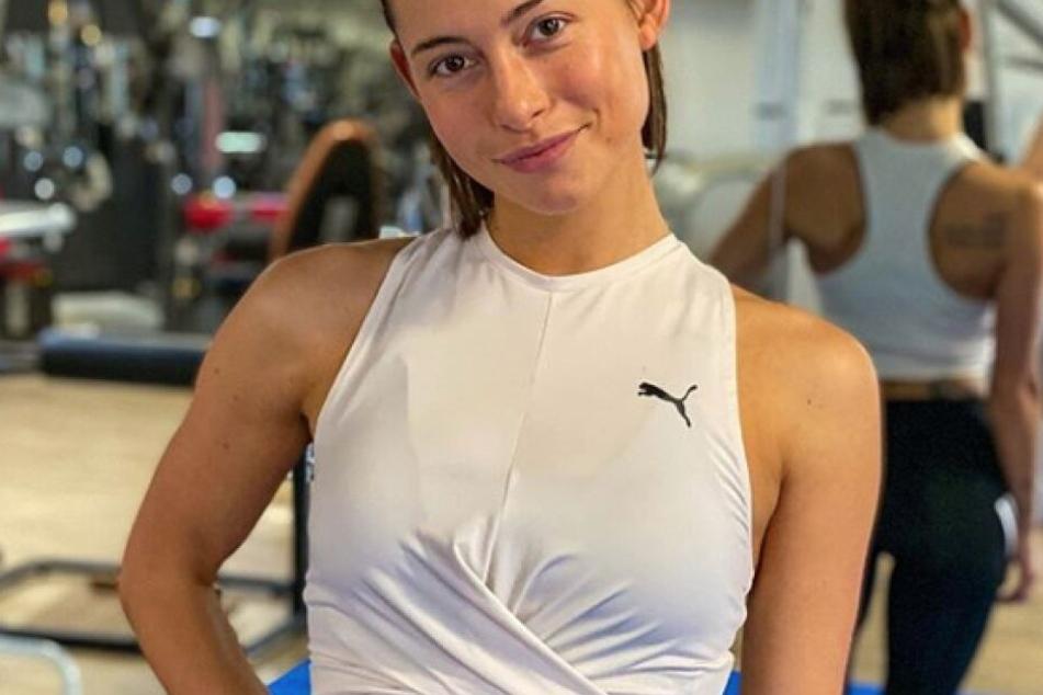 Jennifer Lange ist Sporttrainerin und Influencerin.