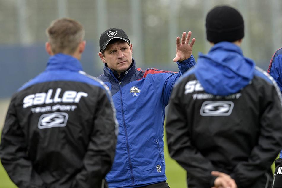 Trainer Steffen Baumgart bleibt dem SCP mindestens noch ein Jahr erhalten.