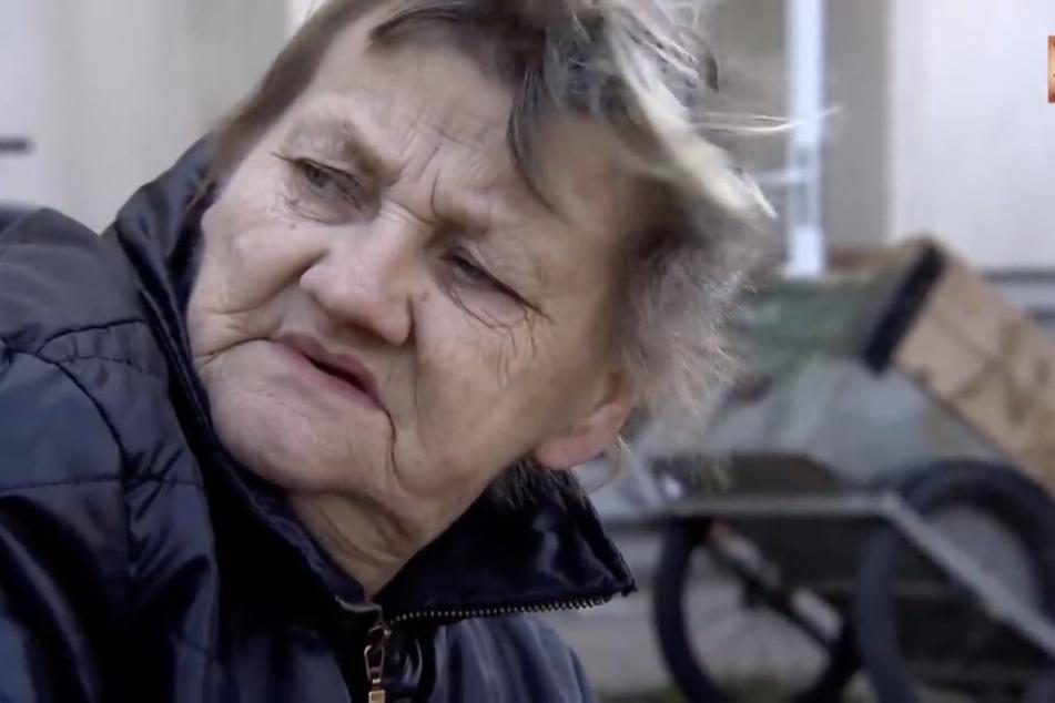 Am liebsten würde sie sich einen Strick nehmen und sich aufhängt, sagt die 65-Jährige aufgrund ihrer mittlerweile kompletten Obdachlosigkeit.