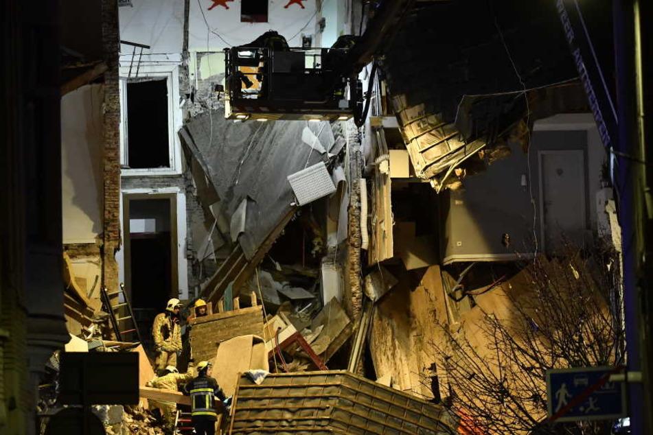 Mehrere Menschen wurden unter den Trümmern verschüttet.
