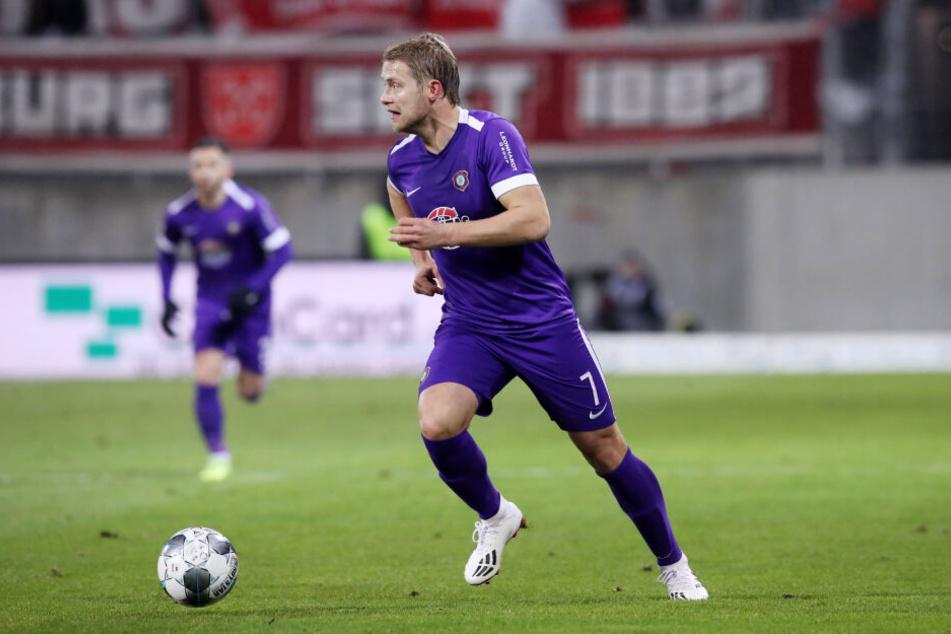 Jan Hochscheidt hat seinen Vertrag beim FC Erzgebirge bis 2023 verlängert.