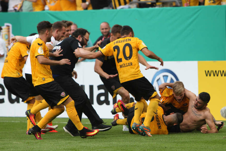 Der Jubel nach dem entscheidenden Elfmeter gegen RB Leipzig kannte keine Grenzen.