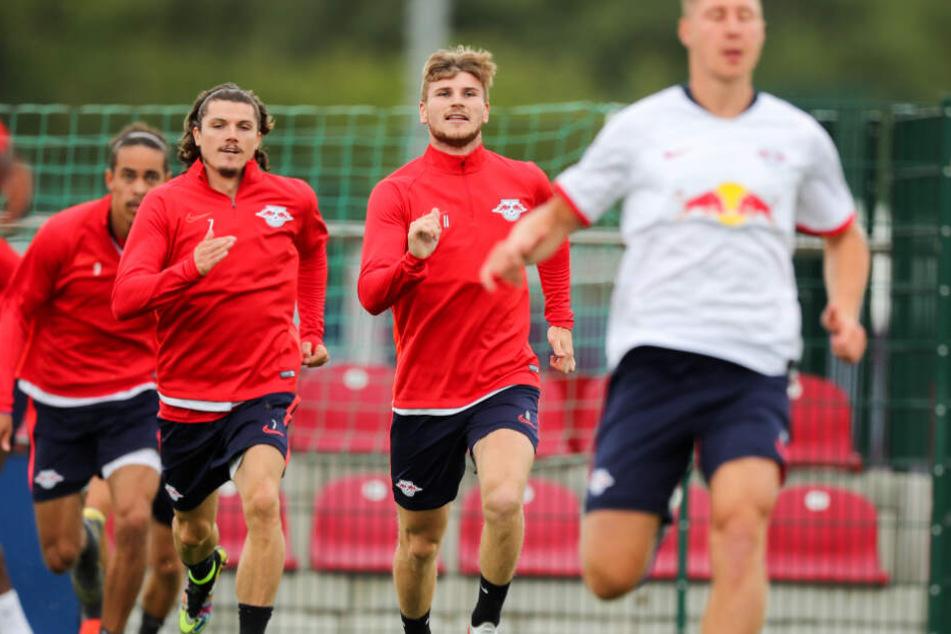Das Training geht wieder los, die Rot-Weißen bereiten sich auf die neue Saison vor.
