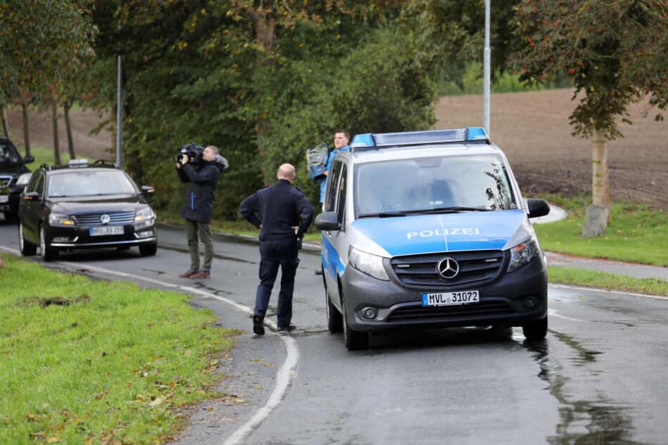 Polizei und Reporter waren stundenlang auf der Suche nach dem ausgerissenen Zirkus-Zebra.