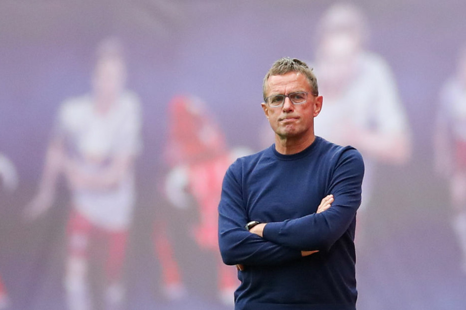 Ja, ja, die Gegentore. RB Leipzig fing sich auch gegen Hannover wieder zwei, steht nun schon bei sieben in drei Spielen. Trainer Ralf Rangnick erklärt, woran es liegt.