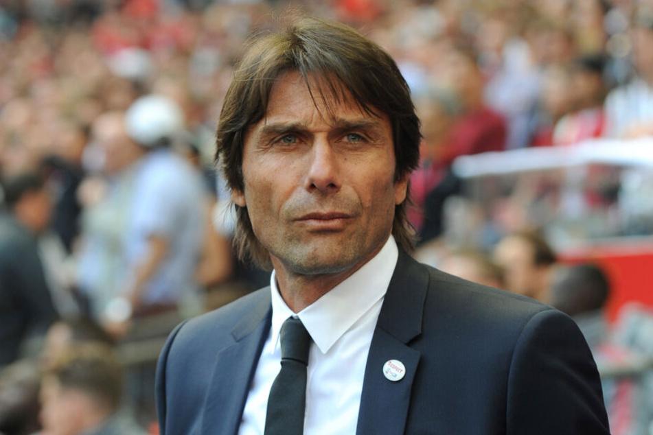 Antonio Conte will Valentino Lazaro zu Inter Mailand locken.