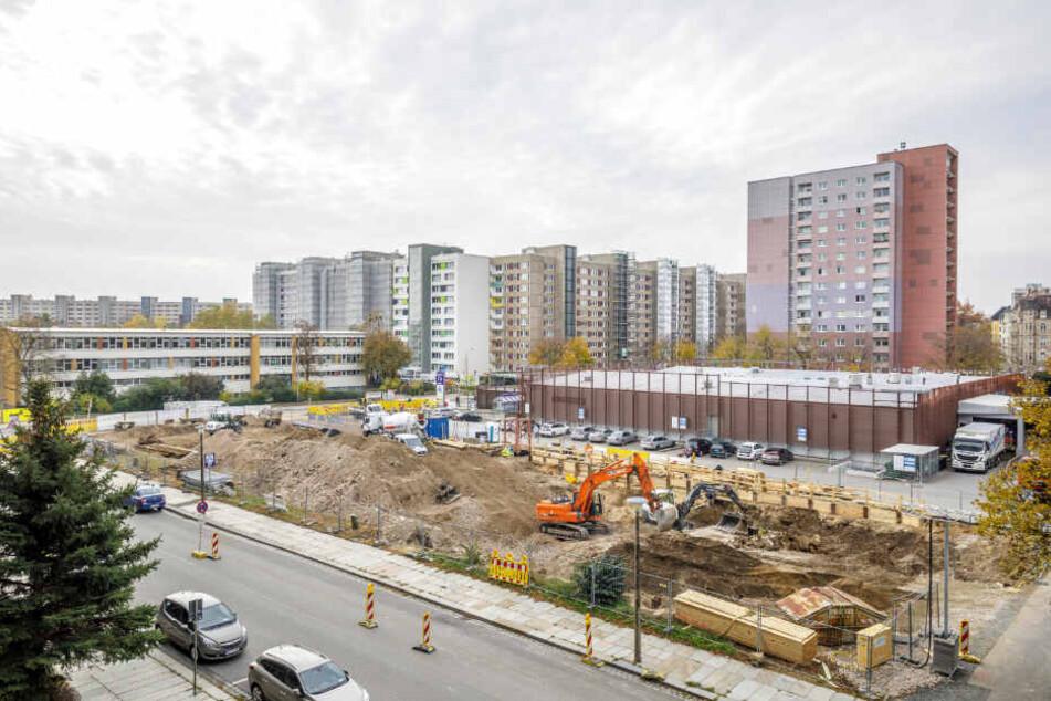 Direkt an der Pfeifferhanns-/ Ecke Pfotenhauerstraße baut Aldi neu.