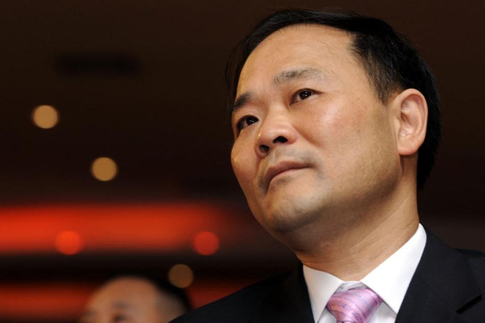 Hat fast 7,5 Milliarden Euro für die Anteile des Autobauers gezahlt: Li Shufu.