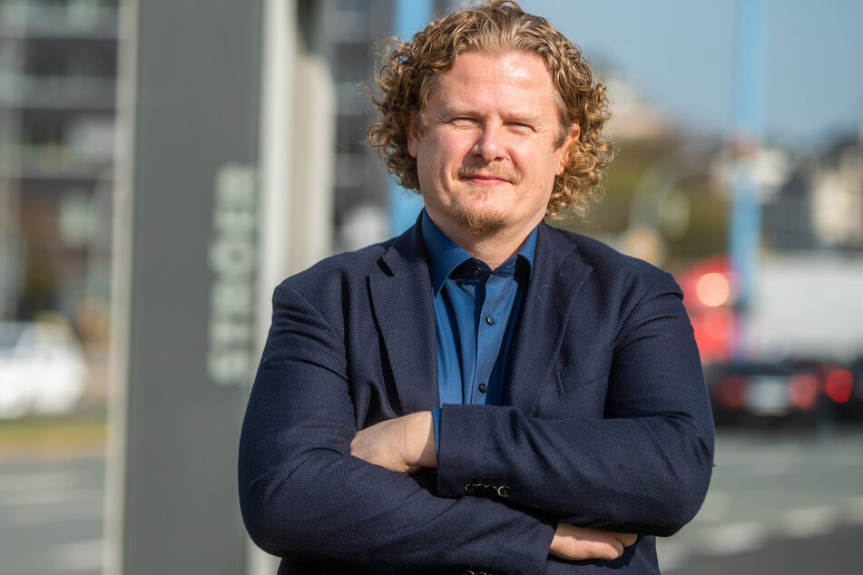 Unternehmer Lars Faßmann (43, parteilos) findet: Die Parteisäge gehört zu Chemnitz und muss erhalten bleiben.