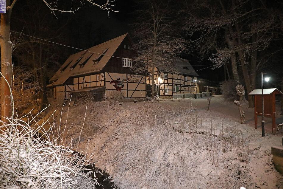 An der Zschonergrundmühle entstand eine traumhafte Winteridyll.