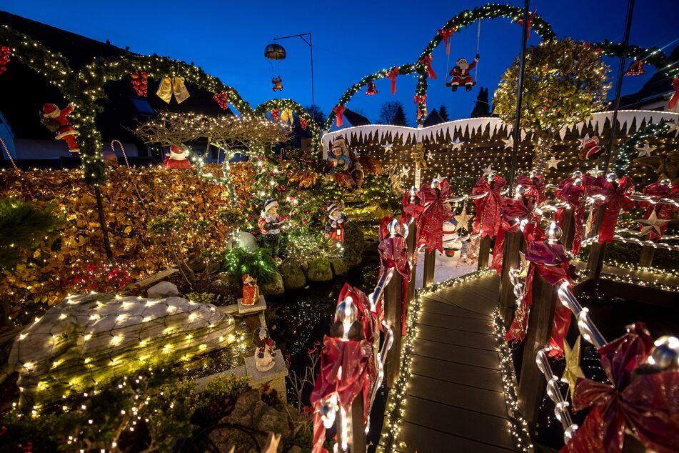 """60.000 Lichter! In dieser Kleinstadt leuchtet bald wieder das """"Weihnachtshaus"""""""