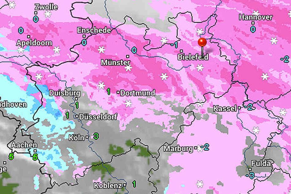 Es schneit weiter und wird dazu stürmisch.