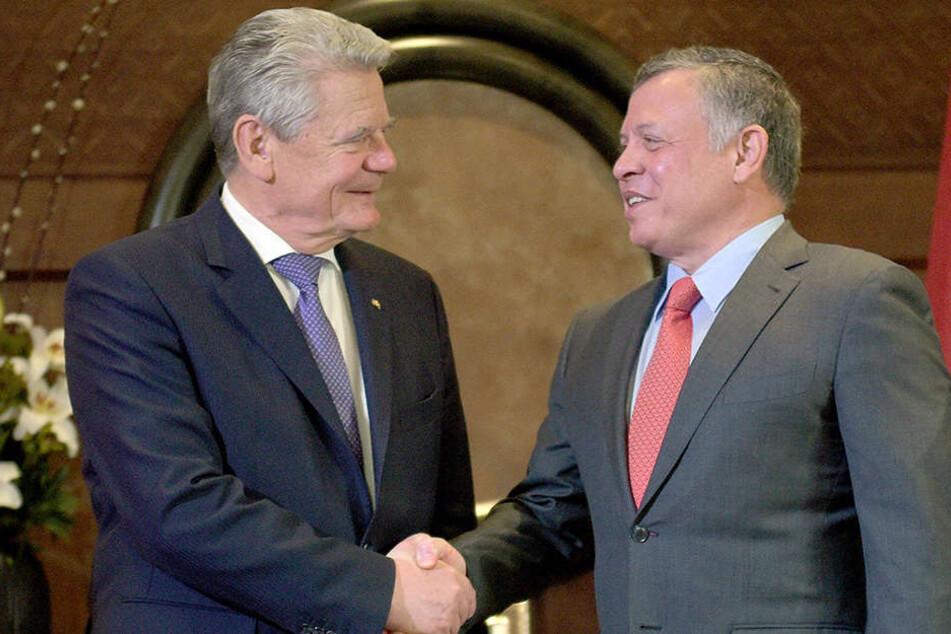 Alte Bekannte: Joachim Gauck (l.) hält am Samstag die Laudatio auf den jordanischen König Abdullah II.