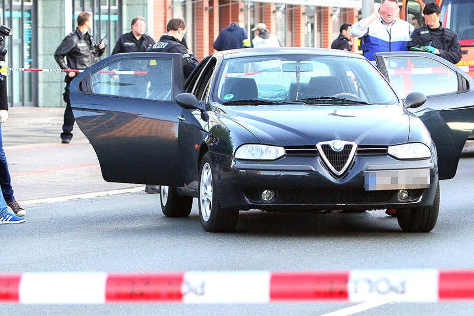 Auto rast in Fußgängergruppe: Sechs Verletzte
