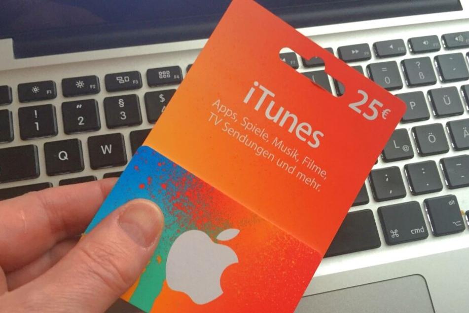 Zahlreiche iTunes-Guthabenkarten im Wert von 900 Euro wollte ein 71-Jähriger in Dessau-Roßlau kaufen. (Symbolbild)