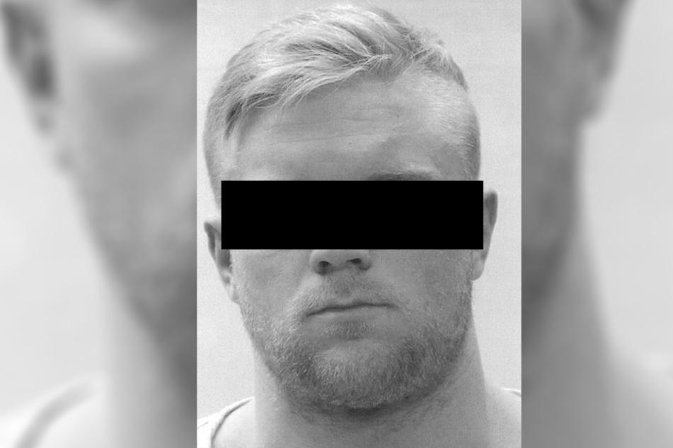 Carsten Begaß (25) sprang während seines Prozesses aus dem Toilettenfenster und verschwand spurlos.