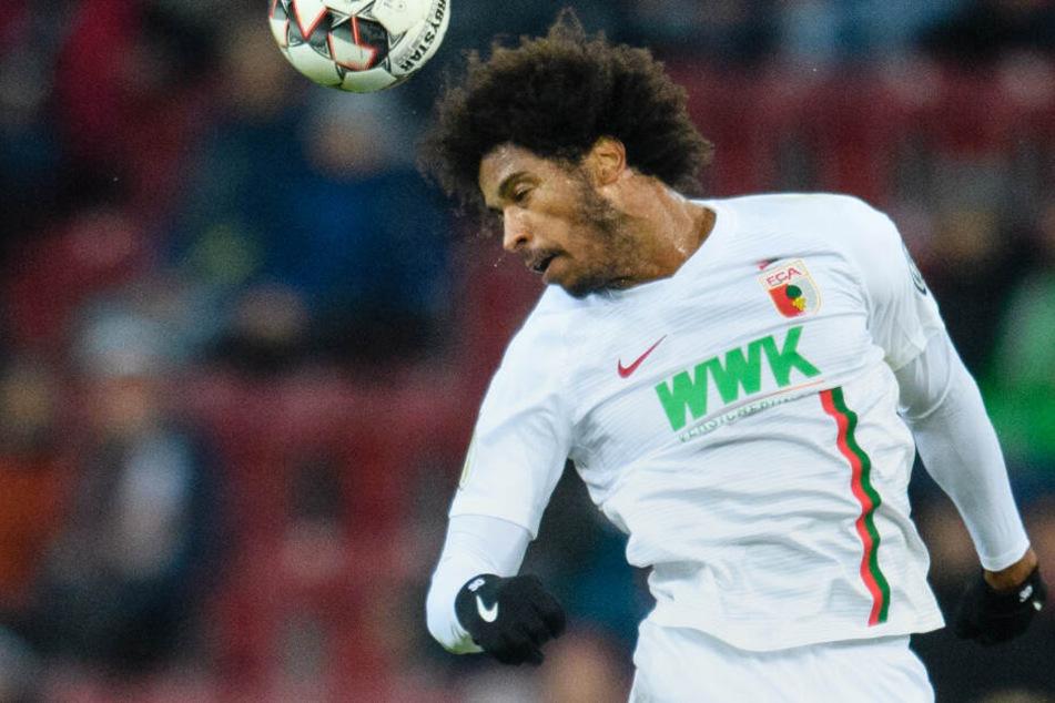 Caiuby wurde beim FC Augsburg von den Verantwortlichen suspendiert. (Archivbild)