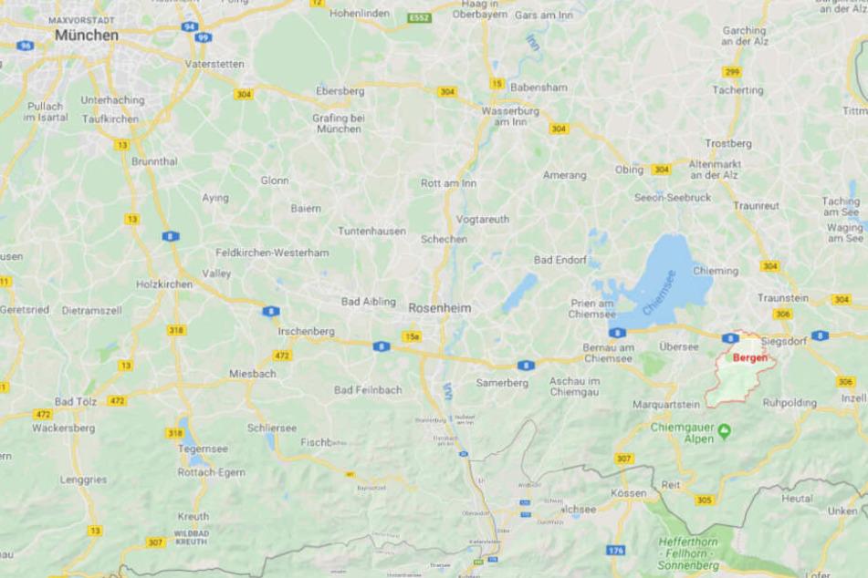 Auf der Autobahn 8 zwischen Bergen und Grabenstätt ist es zu einem schweren Unfall gekommen.