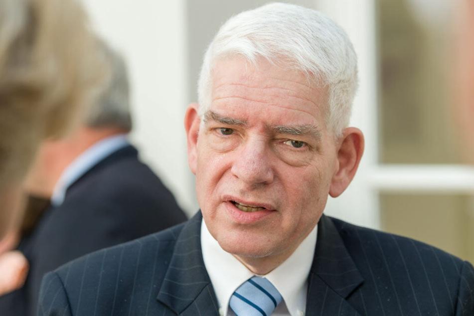 Josef Schuster ist Zentralrats-Präsident und arbeitet als Arzt in Würzburg.