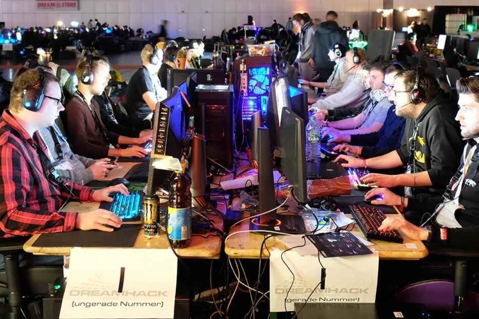 Bei der Dreamhack-LAN-Party können die Besucher 56 Stunden am Stück zocken.