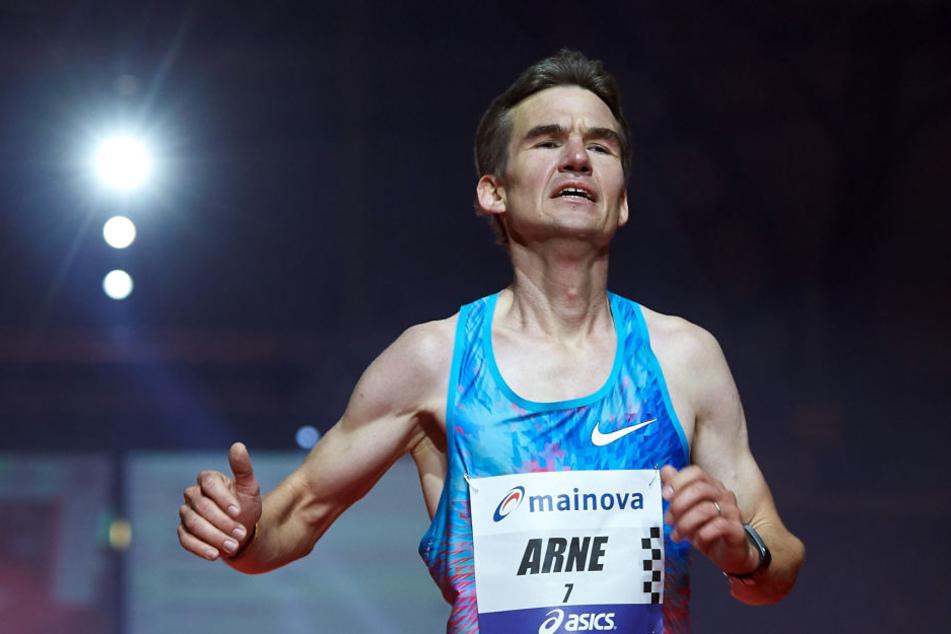 Zufrieden: Arne Gabius lief in Frankfurt eine Zeit von 2:09:59 Stunden.