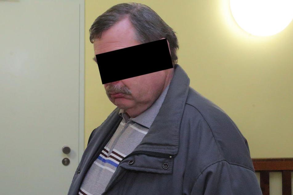 Biss vor Wut zu: Thomas K. (50) musste vor Gericht.