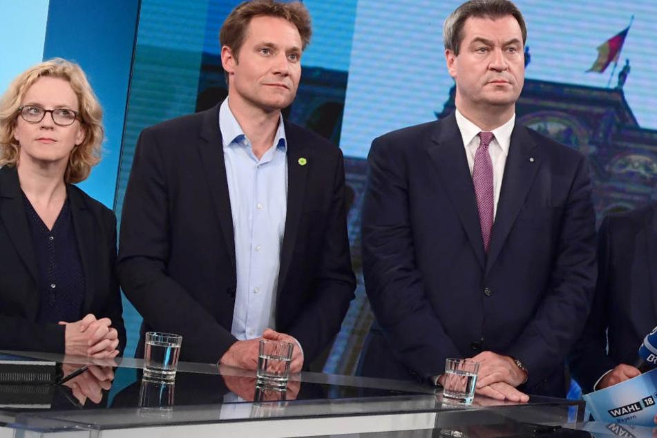 Markus Söder (r.) und die CSU haben in Bayern einen herben Rückschlag kassiert.