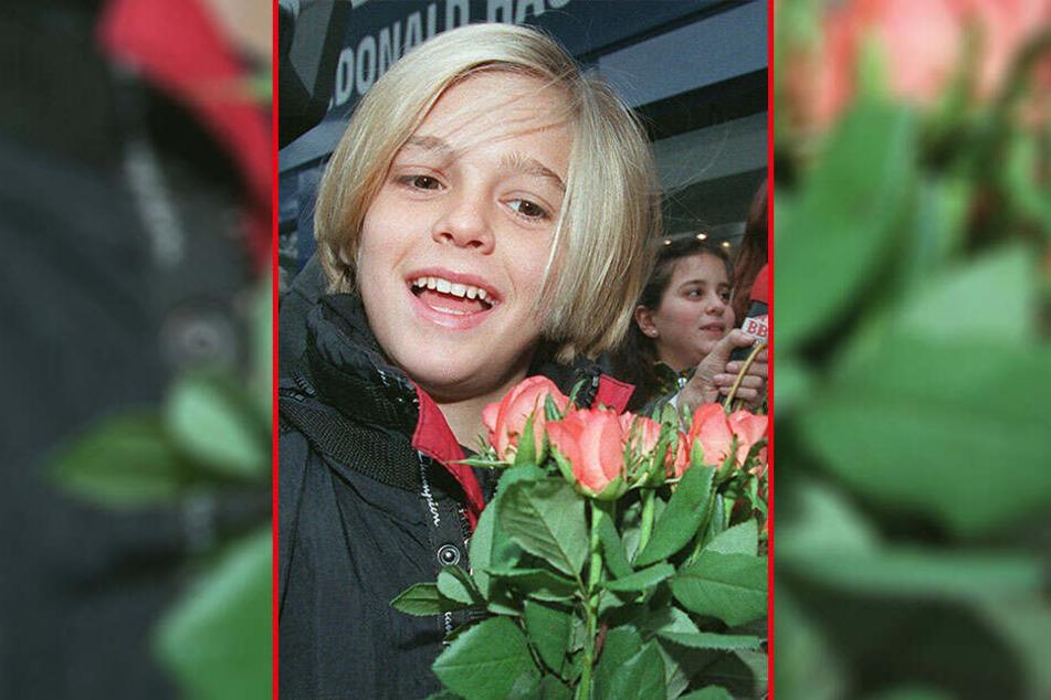 Mit unschuldigen neun Jahren hatte der Sänger sein erstes Album veröffentlicht. Ende der Neunzigerjahre war er ein gefeierter Kinderstar.