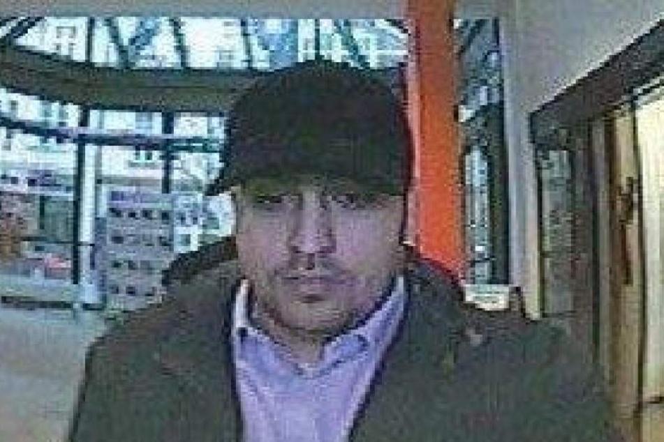 Die Bonner Polizei sucht diesen Mann.