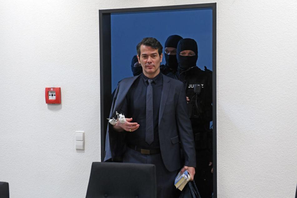 """Am Dienstag sollte der Prozess gegen Ex-""""Mister Germany"""" Adrian Ursache (43) fortgesetzt werden. Doch er wurde zunächst unterbrochen."""