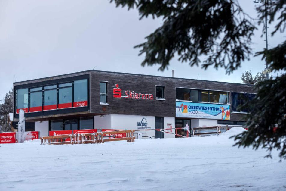 Die Oberwiesenthaler Ski-Arena am Trainings- und Wettkampfgelände des Fichtelbergs.