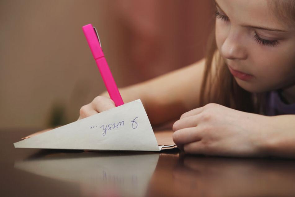 Schön schreiben? Von wegen! Lehrer beklagen Handschrift-Defizite bei Schülern