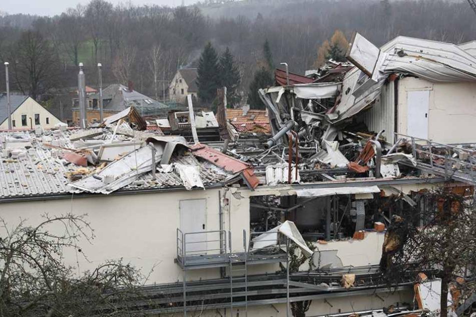 Chemie-Unfall in Pirna-Neundorf. Das ganze Ausmaß nach der tödlichen Explosion vor genau zwei Jahren. Erst ein Teil der Anlage ist wieder in Betrieb.