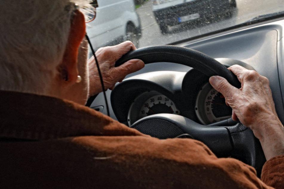 Der Mann war mit 1,6 Promille im Straßenverkehr unterwegs. (Symbolbild)