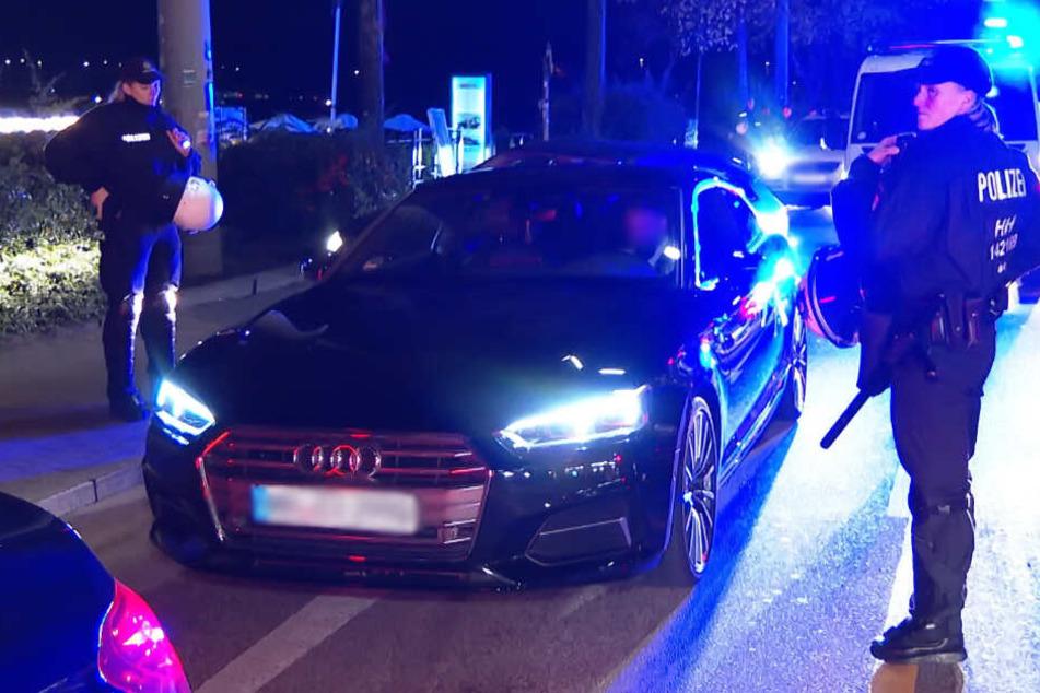 Ein Großaufgebot der Polizei kontrollierte die Fahrzeuge.