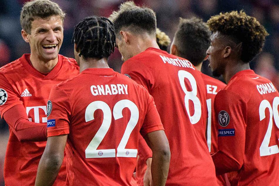 Die Bayern lösten ihre Aufgabe letztlich standesgemäß mit 3:0 in der Allianz Arena. Aber nicht jeder Bundesligist hatte so viel zu lachen wie Thomas Müller in seinem Champions-League-Rekord-Spiel für den FC Bayern.