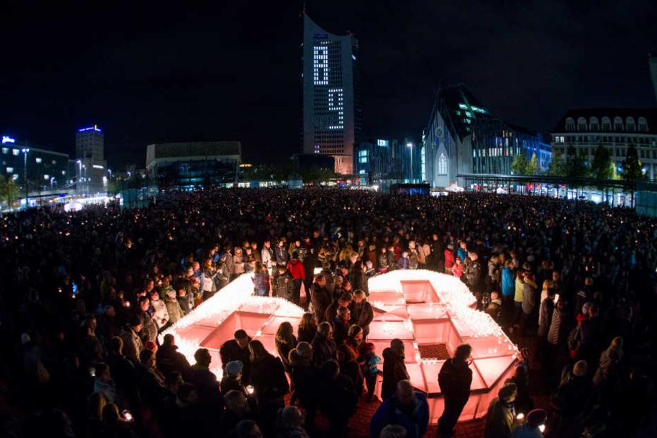 Das Programm des eigentlichen Lichtfestes auf dem Augustusplatz soll in diesem Jahr komplett von Frauen gestaltet und umgesetzt werden.