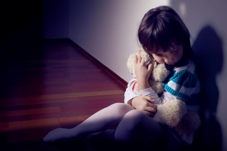 Erzieher soll Kinder über Jahre missbraucht haben!