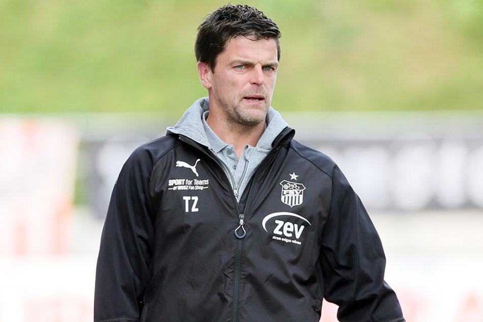 Auch Zwickaus Trainer Torsten Ziegner war von der Zuschauerzahl wenig begeistert.