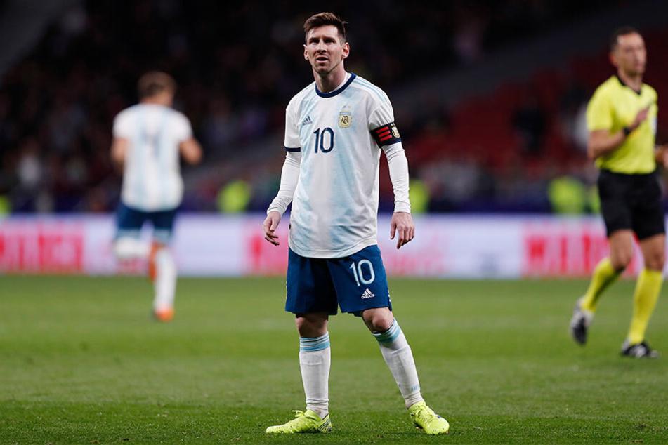 Ratlos in Madrid: Der fünffache Weltfußballer vom spanischen Fußball-Topklub FC Barcelona.