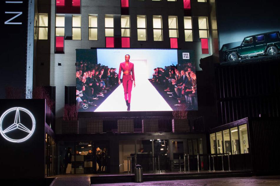 Blick auf das E-Werk während der Berlin Fashion Week. In Berlin beginnt heute die Modewoche. (Archivbild)
