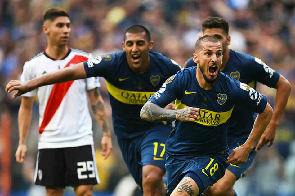 Dario Benedetto (vorne-rechts) durfte bei all seinen Stationen regelmäßig eigene Tore bejubeln.