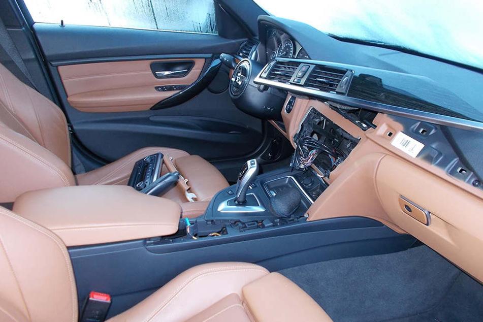Erneut sind BMWs im Ziegeleiweg ins Visier der Autoknacker geraten!