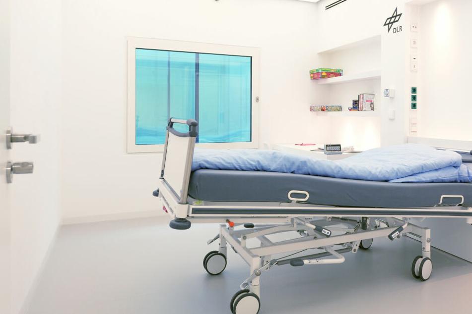 Die Betten der Probanden sind um 6 Grad geneigt. Sie liegen also kopfüber.