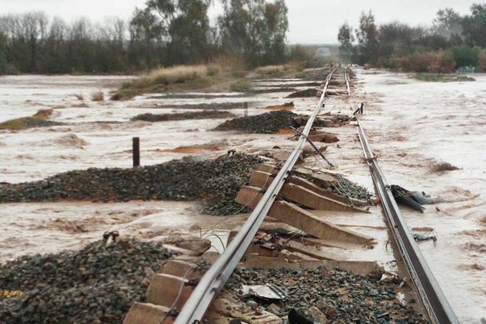 Als auf diesen Gleisen ein Zug lang fuhr, geschah ein Unglück