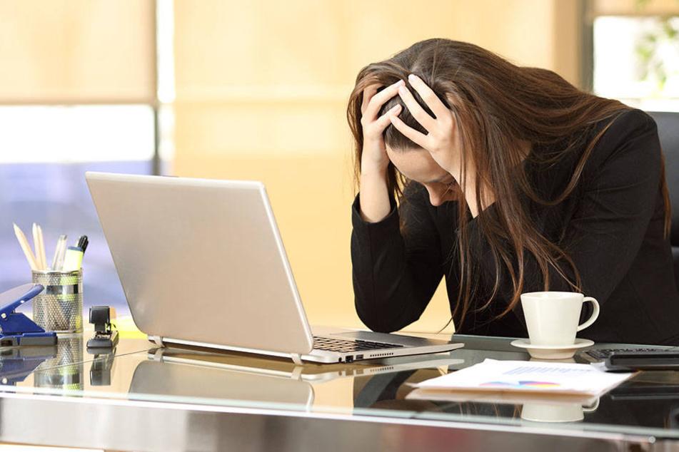 Wer am Arbeitsplatz fast einschläft, hat möglicherweise ein tieferliegendes Problem.