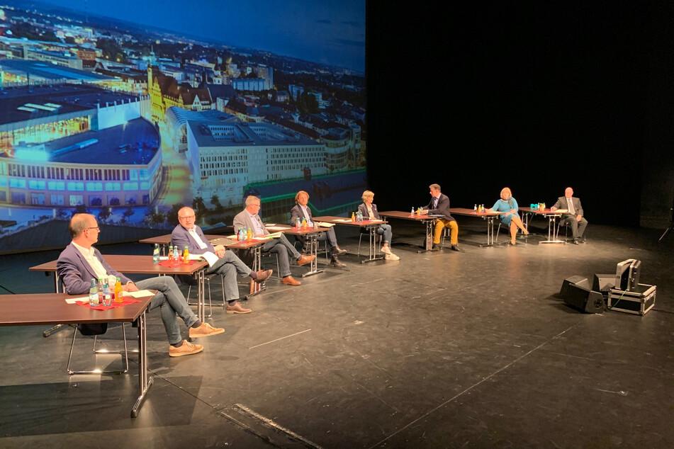 Chemnitz: Chemnitz: Bürger fragen, Bürgermeister antworten live aus der Oper